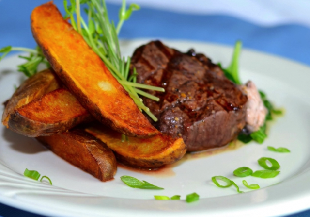 Photo of Filet with Steak Fries