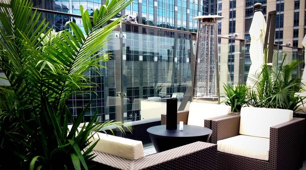 Sky terrace at the ivy boutique hotel chicago reviews for Boutique hotels chicago