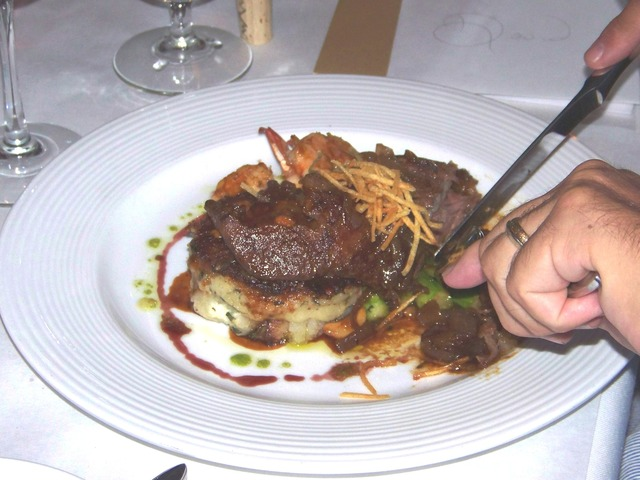 Photo of Braised Short Ribs with Garlic Mashed Potatoes
